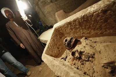 Mideast Egypt Mummy Discovery
